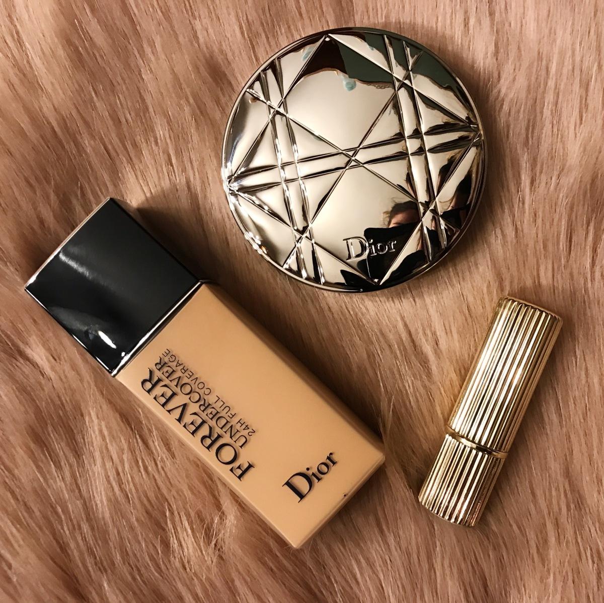 Recenzija: Dior Forever Undercover puder, Diorskin Nude Air Luminizer highligther & Victoria Beckham x Estée Lauder Black Cassis ruž zausne